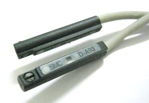 Czujnik kontraktronowy D-A93