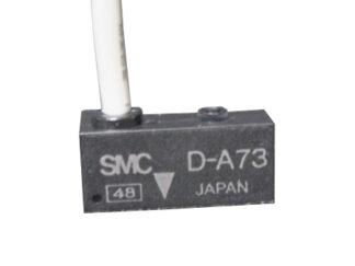 Czujnik kontraktronowy D-A73CL