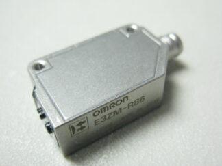 Czujnik fotoelektryczny E3ZM-R86